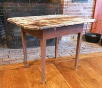 COUNTRY FEDERAL PAINTED TAVERN TABLE