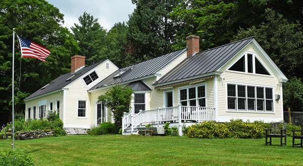 Onsite Country Auction! Friday in Reading VT- All Absentee bids must be submitted by 5 pm Aug 12Th, No Phone Bidding at this onsite sale
