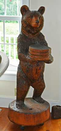 ARTISAN CARVED WOOD BEAR SCULPTURE, SIGNED T.O.B.