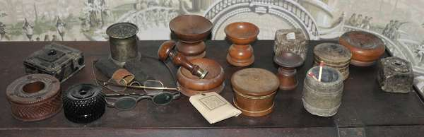 Assortment of 18th and 19th C. desk articles, inks, sanders, spectacles, approx. 20 pcs.