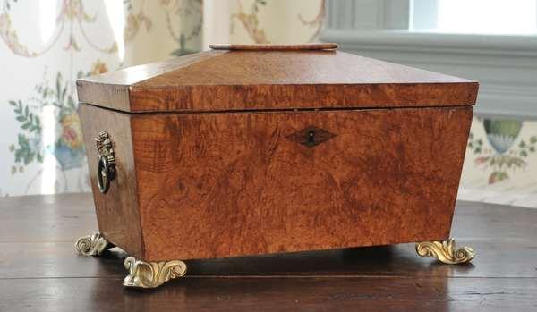 "A good English Regency tea caddy burl walnut ca. 1830, 13""L. x 9""H."