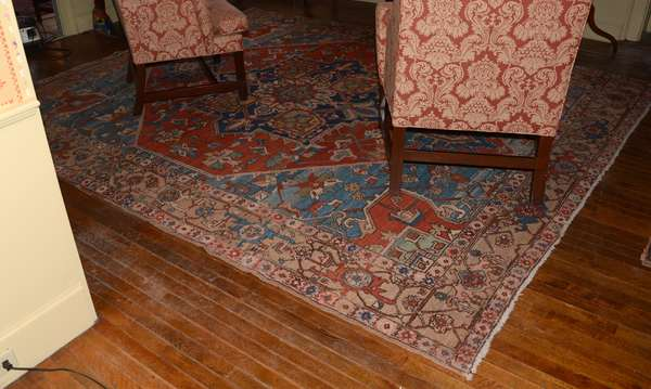 """Antique Oriental rug, Heriz, 8'8"""" x 10'8"""""""