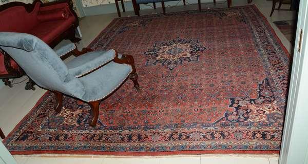 "Antique Oriental rug, Bidjar, 9'3"" x 12'2"""