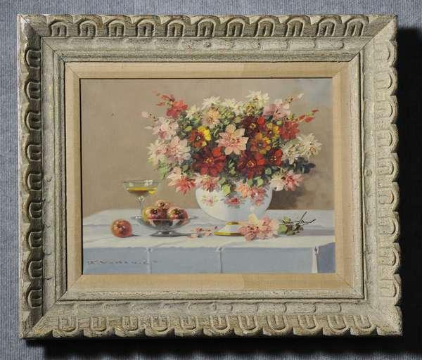 Oil on canvas, Spring still life, signed, illegible, 12