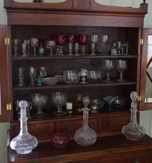 Collection of early glass (63-12)