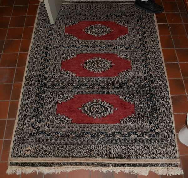 Bokhara rug, scatter (25-13)