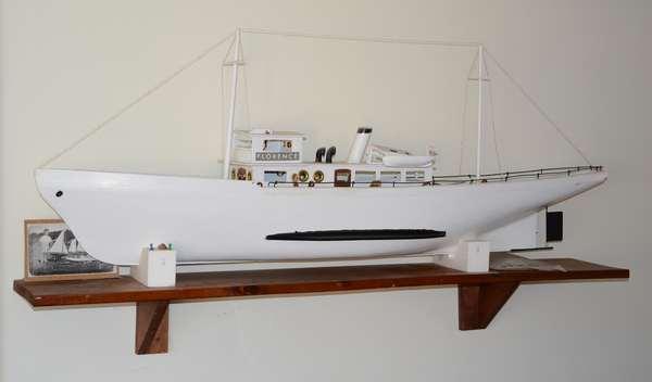 1/38 scale boat model,