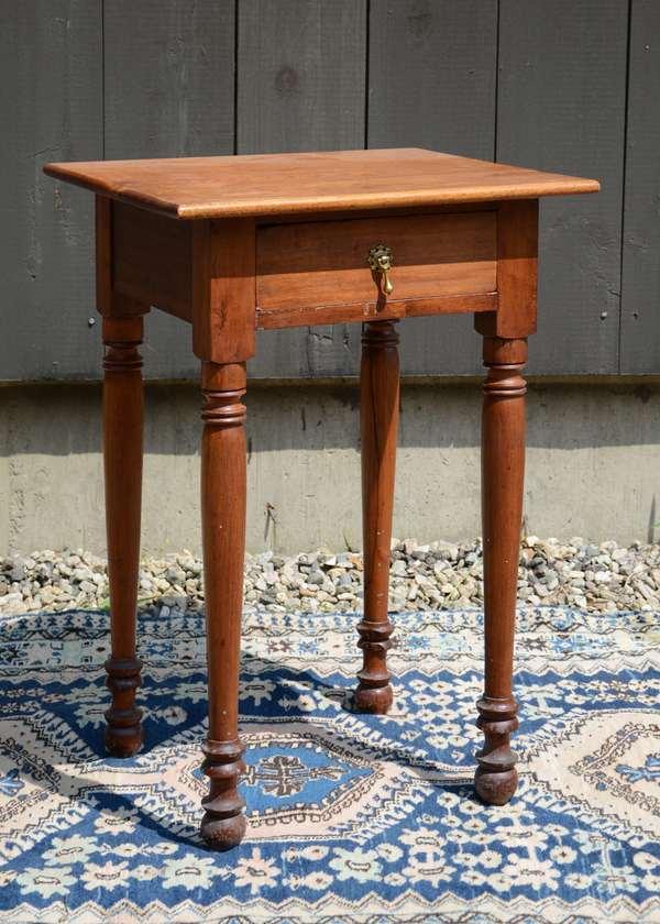 Sheraton birch one drawer stand (111-13)