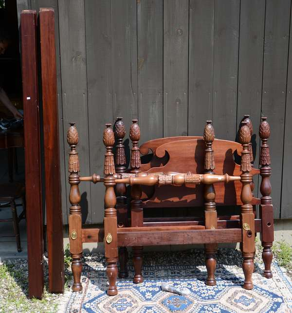 Pair of mahogany twin beds, pineapple carved (111-17)