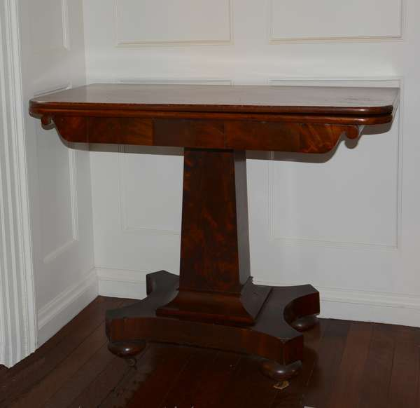 Empire card table (25-62)