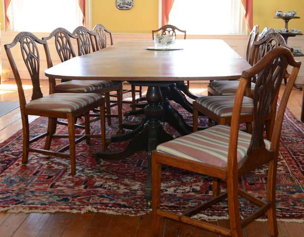 Hepplewhite period set of 11 shield back dining room chairs (3)