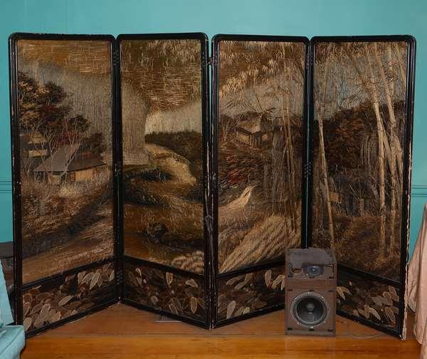 Japanese 4 paneled Meiji crewel work screen (4)