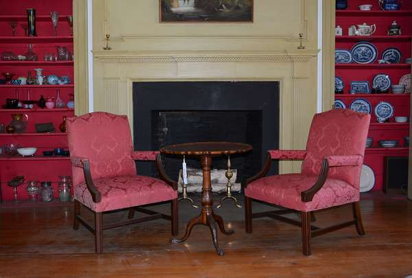 Chippendale style lolling chairs, well upholstered – Carved mahogany tilt top tea table and more! (6)