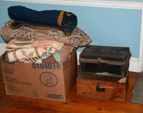 Antique quilts and textiles – two leather boxes (57)