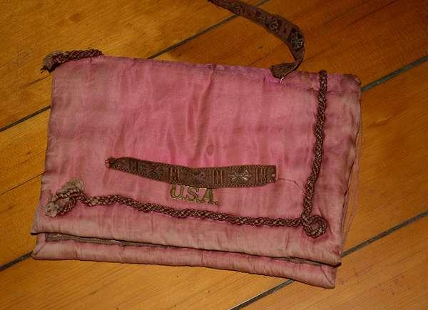 Early silk purse, patriotic (66)