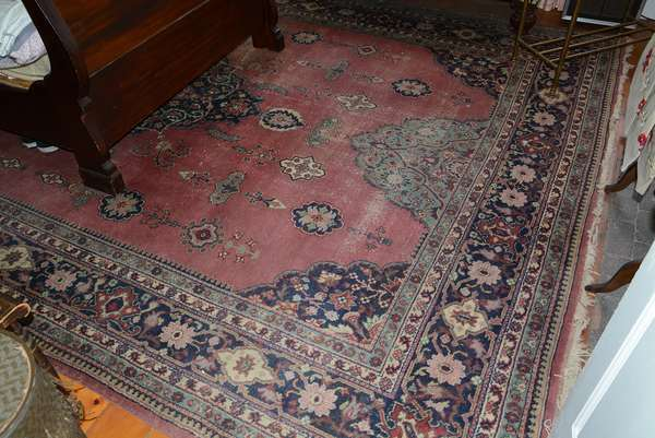 Room size Persian rug (86)