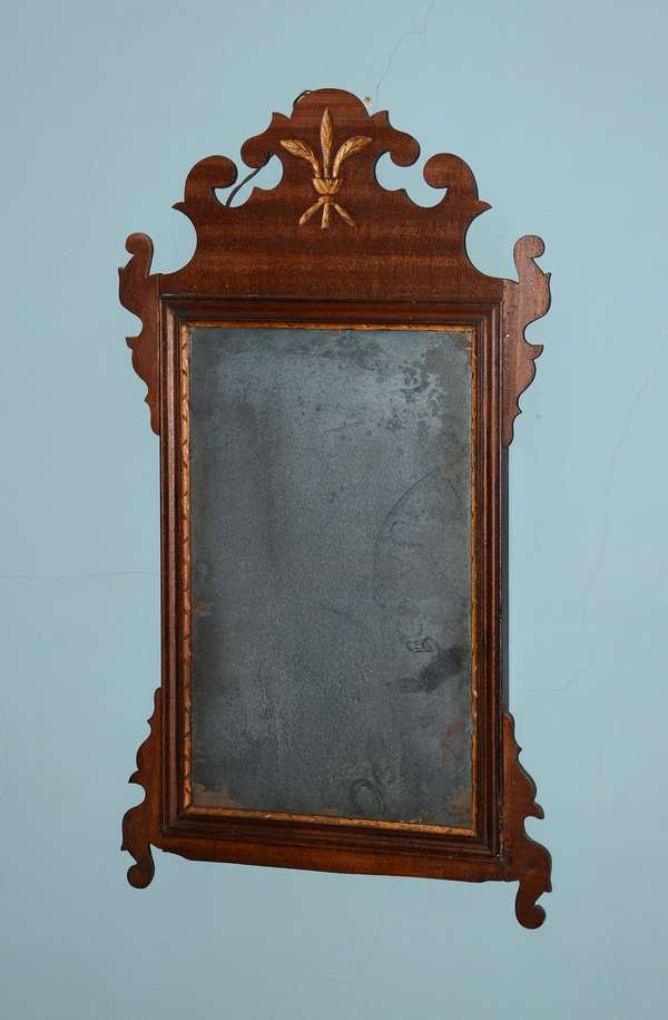 Chippendale mirror (96)