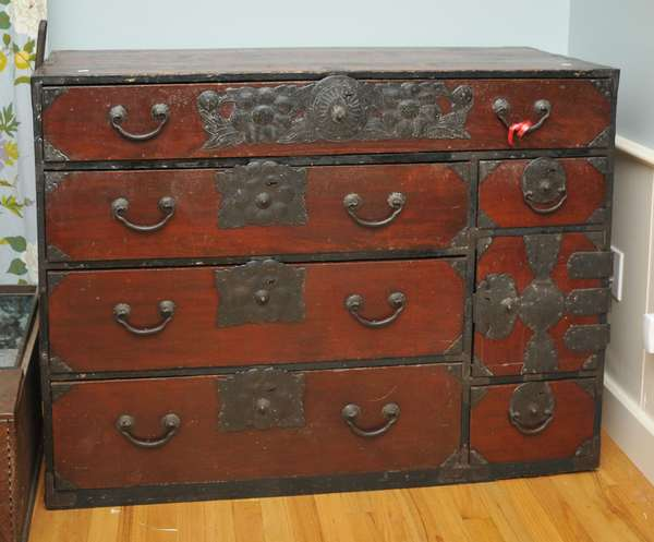 Japanese tansu chest (475-3)