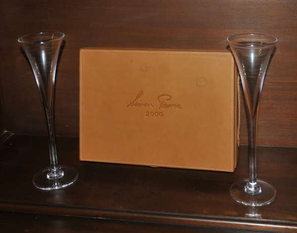 Simon Pearce champagne flutes with box  (208-130)