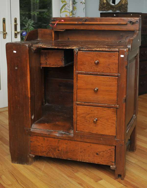Country cobbler's bench with tools (475-8)