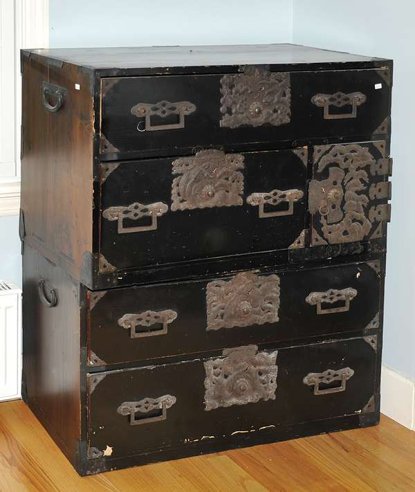 Japanese tansu chest (475-9)