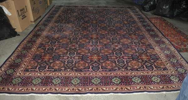 Room size Oriental rug (475-12)
