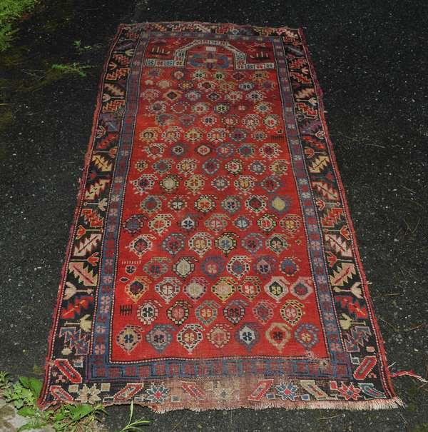Oriental scatter prayer rug (475-13)