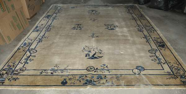 Chinese Oriental rug (475-14)