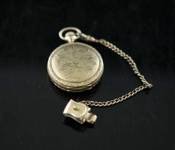 14k ladies small pocket watch (136-67)