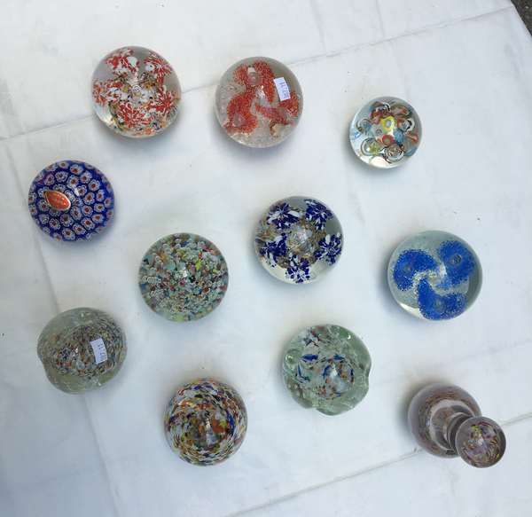 Eleven glass paperweights (387-11)