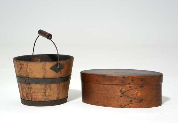 19th C. Shaker small swing handle pail with diamond hardware with an oval finger box with old color, 6
