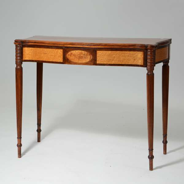 Fine Portsmouth area Federal inlaid card table, ca.1810, 37