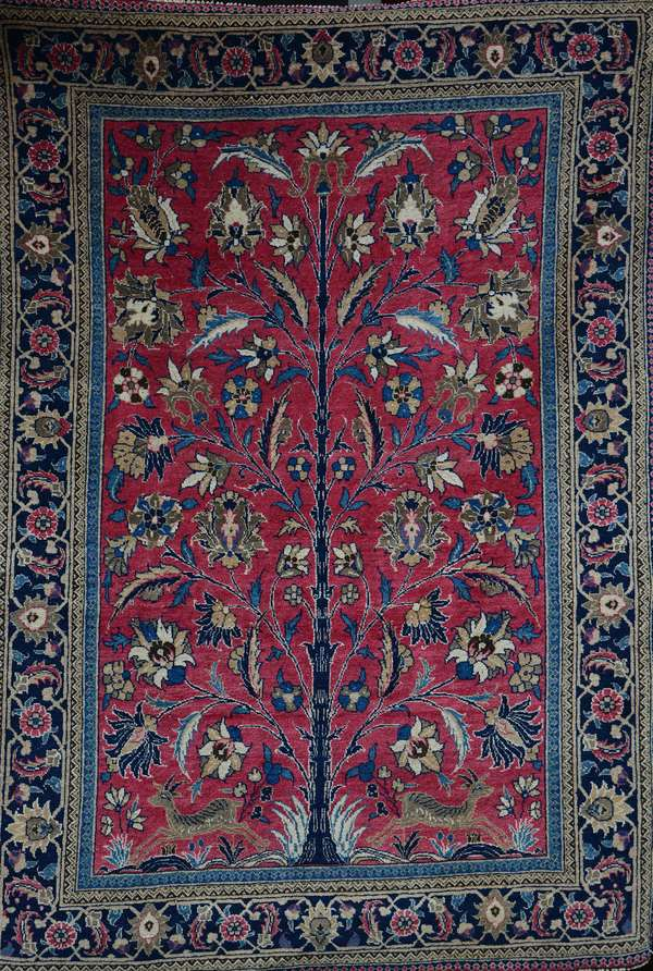 Fine antique Persian rug, Tree of Life, 4'7