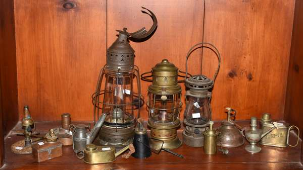Large lot of 19th C. and early 20th C. oil lighting, 13 pieces total