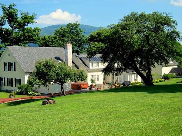 On-Site Auction- The contents of a luxurious country estate Brownsville, VT