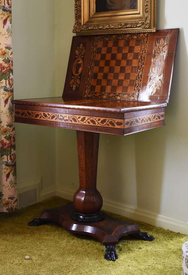 Nice antique marquetry inlaid games table (403)