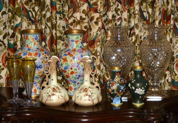Huge selection of material sold in true old fashion un-reserved auction style