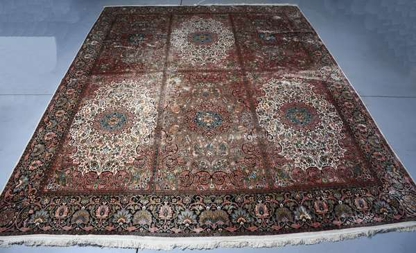 Silk on cotton Oriental carpet in an oversize 11'10