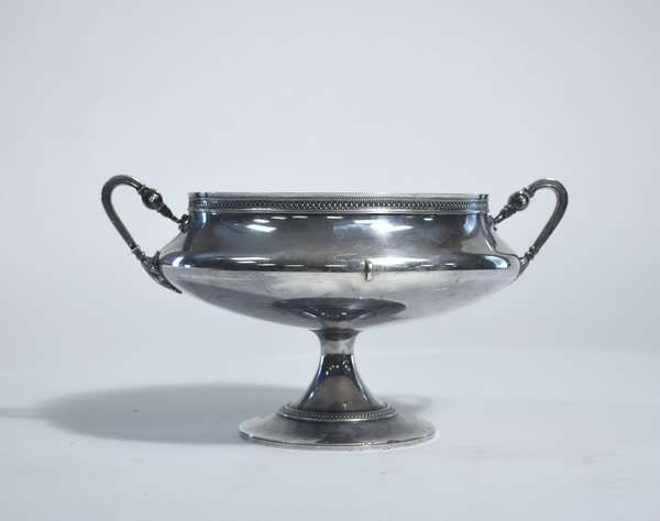 English Tiffany & Co. sterling pedestal center bowl, 12
