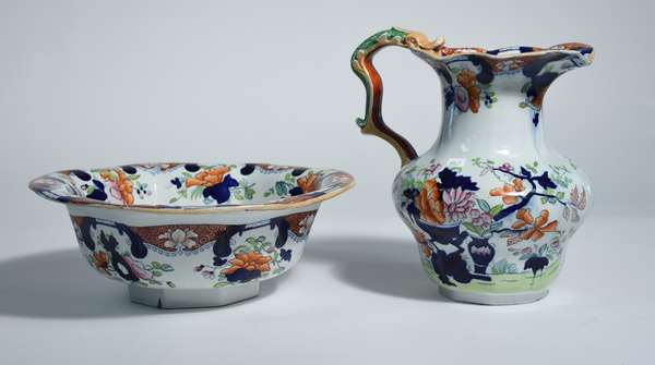 Mason's ironstone wash bowl and pitcher in the Imari pattern