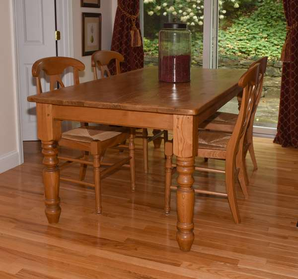 English pine farm table on turned legs along with four chairs, 6'L.