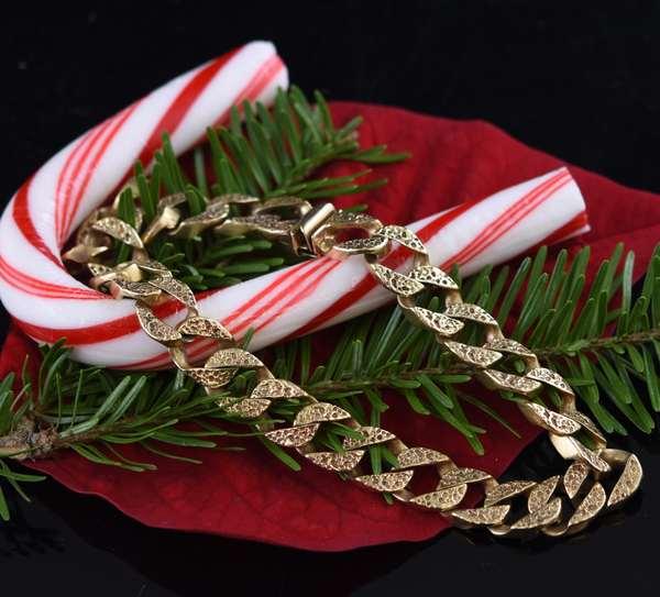 14k chain link gentleman's bracelet, 9