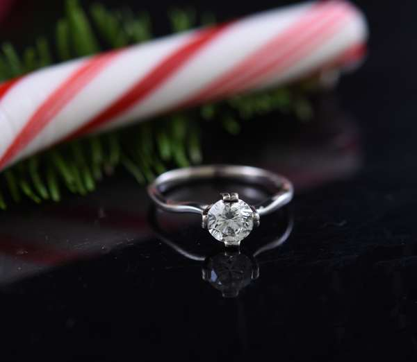 Diamond ring: 1ct solitaire in 14k, GIA and appraisal report