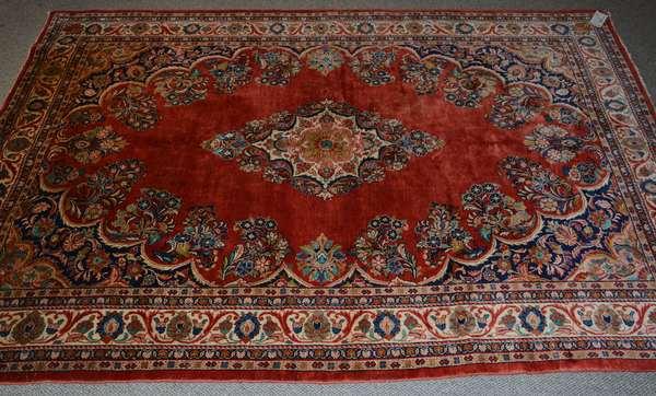 Oriental scatter rug, 6'2