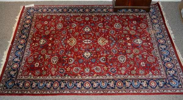 Oriental scatter rug, 6'1