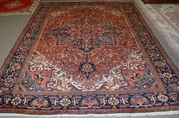 Oriental roomsize rug, 12'4