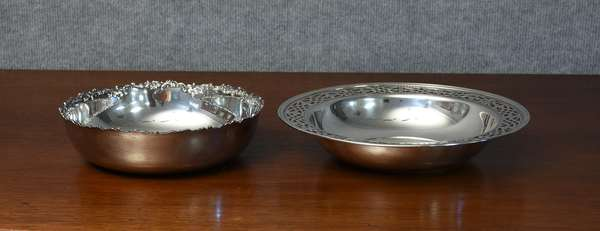 Two sterling bowls, one 8.5