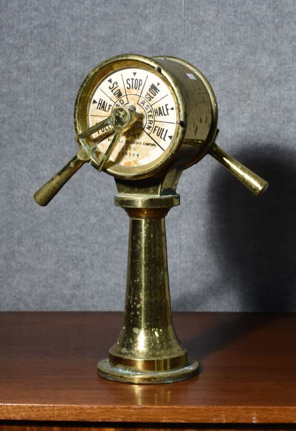 Antique brass ship's controller, hydraulic telegraph control, Jans London, 18.5