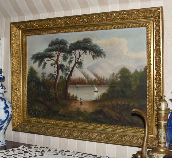 Large oil painting, mountain scene, gold frame (900-33)