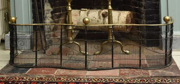 Early 19th C. wine and brass fireplace screen, serpentine front, ball tops, 46